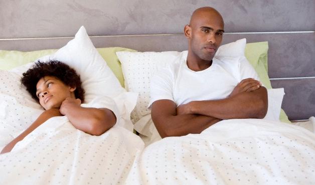 """Résultat de recherche d'images pour """"black couple in bed"""""""