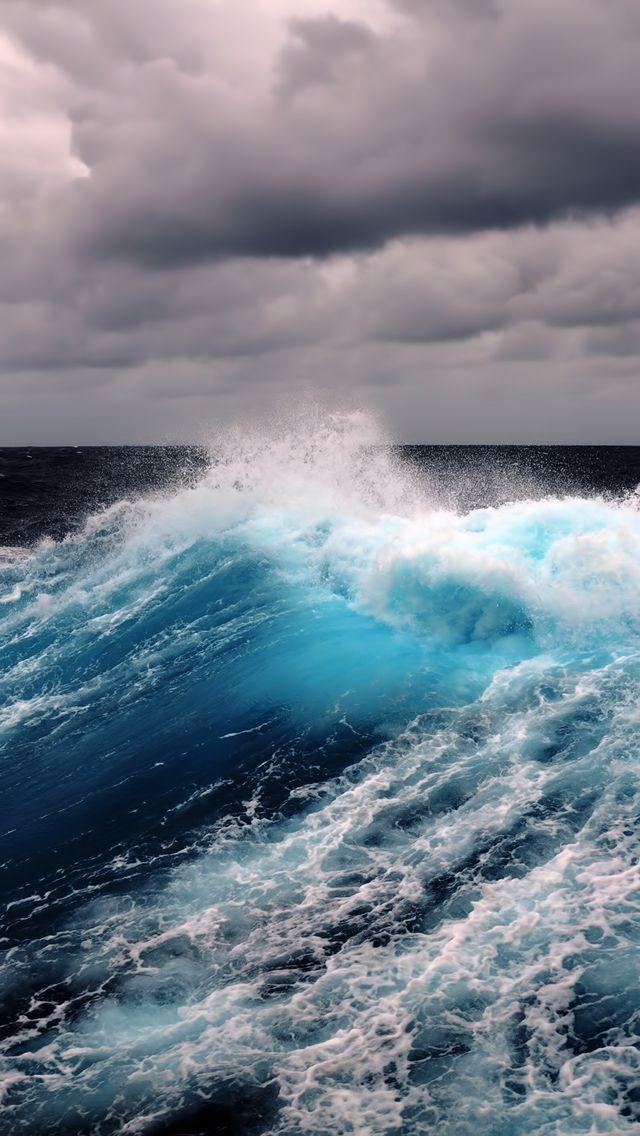 Grrrrrrrrorgeous Creative Ocean Waves And Ocean - Beautiful photographs of storm clouds look like rolling ocean waves
