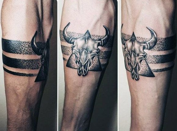 Geometric Bull Tattoo By Noam Yona Geometric Tattoos Stier