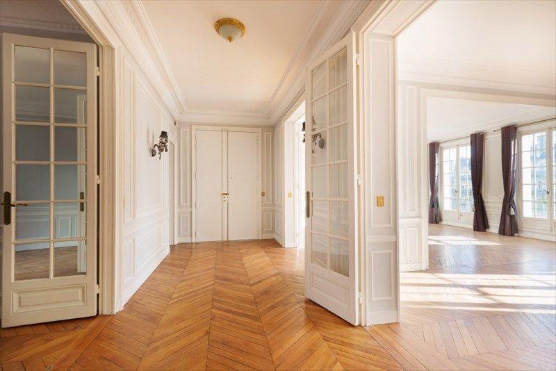 Achat Appartement Paris 16 France 5 Pieces 4 Chambres 170 M Daniel Feau Immobilier Parisian Apartment French Apartment Parisian Interior