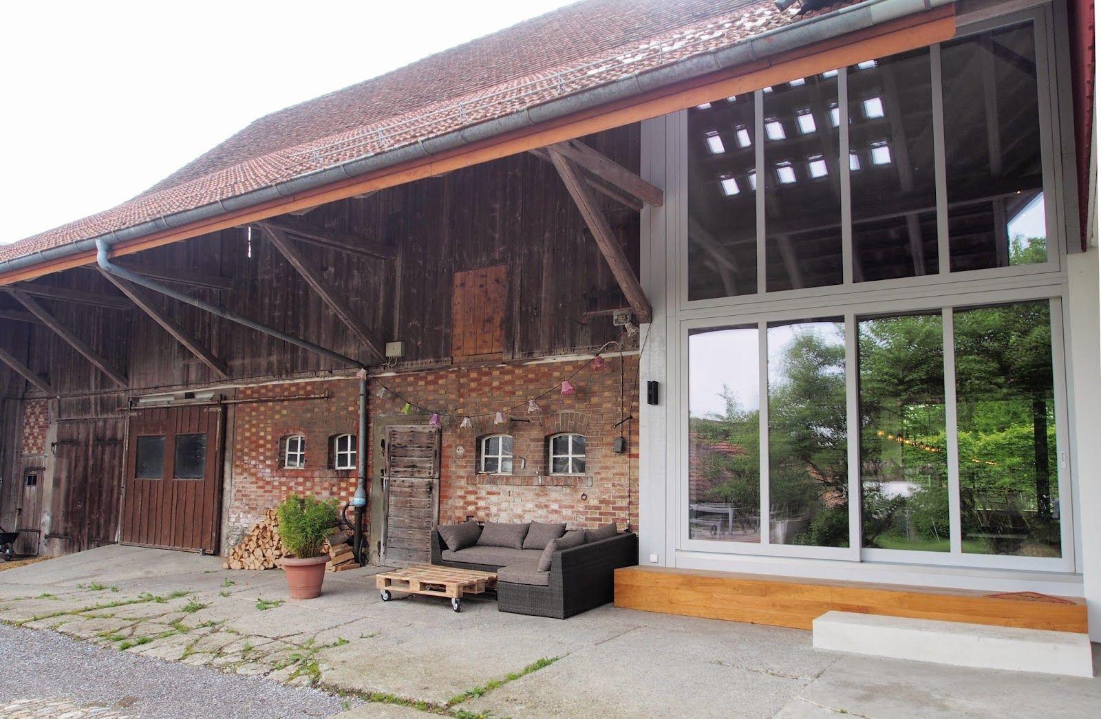 Bauwelt Blog: Oberembrach: Altes Bauernhaus erstrahlt in