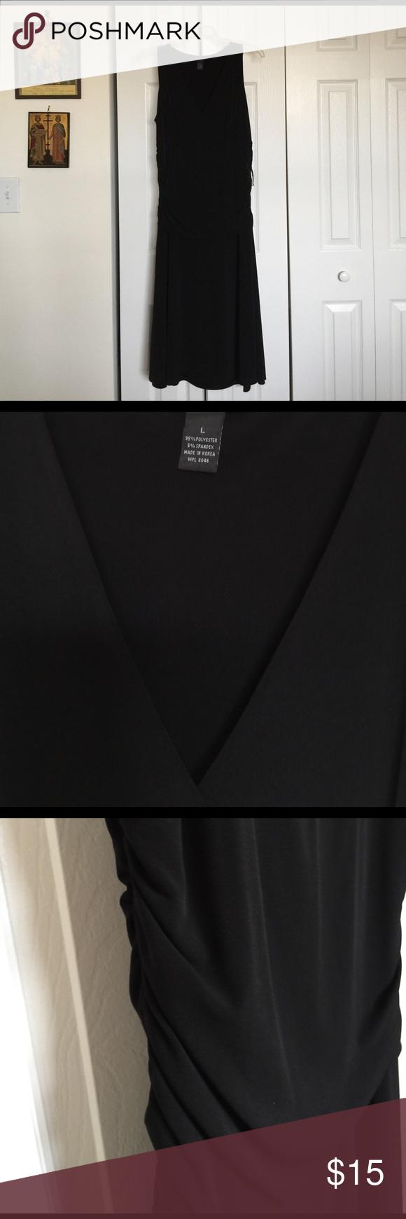 Classic Black V-neck sleeveless evening dress. Crossover V-neck; gathered sides pull over dress. 95% Polyester 5% Spandex Alfani Dresses Midi