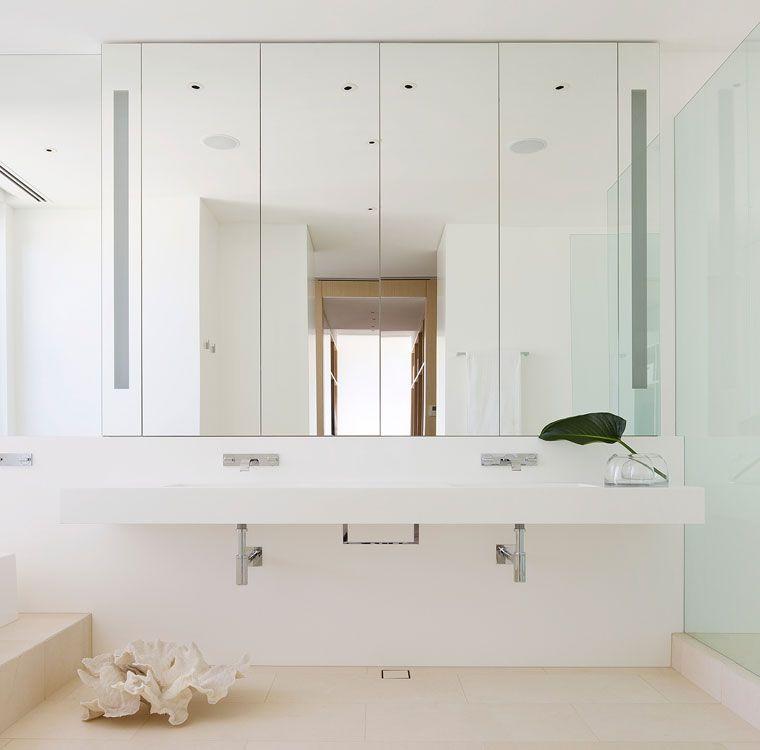 Robert Mills Architect Minimalist Cantilevered Bath Vanity Flush Mount Vanity Lights White