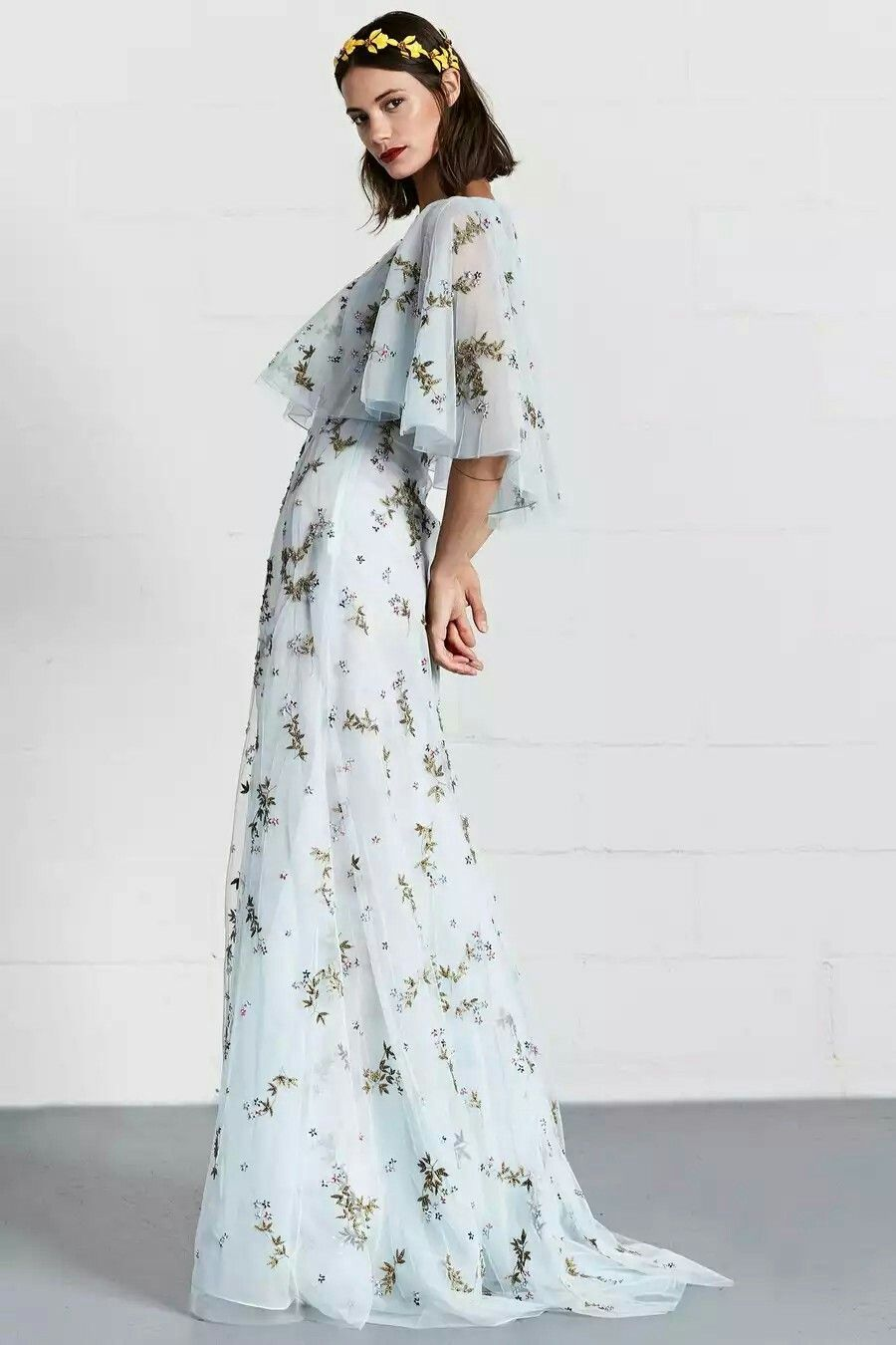 Pin by phan vỹ thy on fashionistaeach design is a soul pinterest
