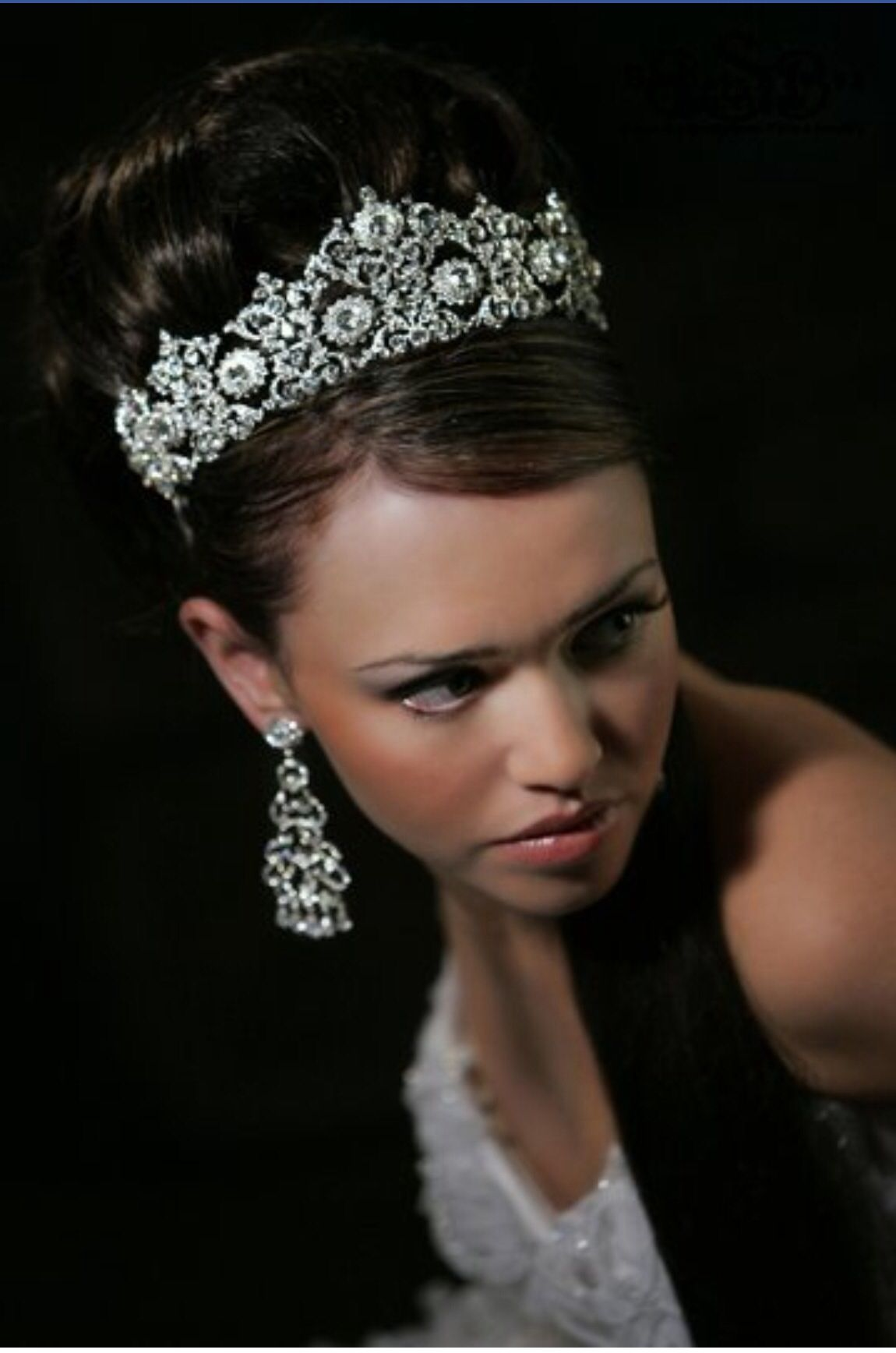 designed by bridal styles boutique in nyc --i also like this crown