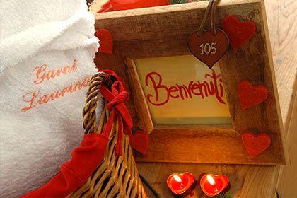 HOTEL GARNI LAURINO VAL DI FIEMME L'Hotel ideale per una vacanza romantica in montagna, nelle Dolomiti.