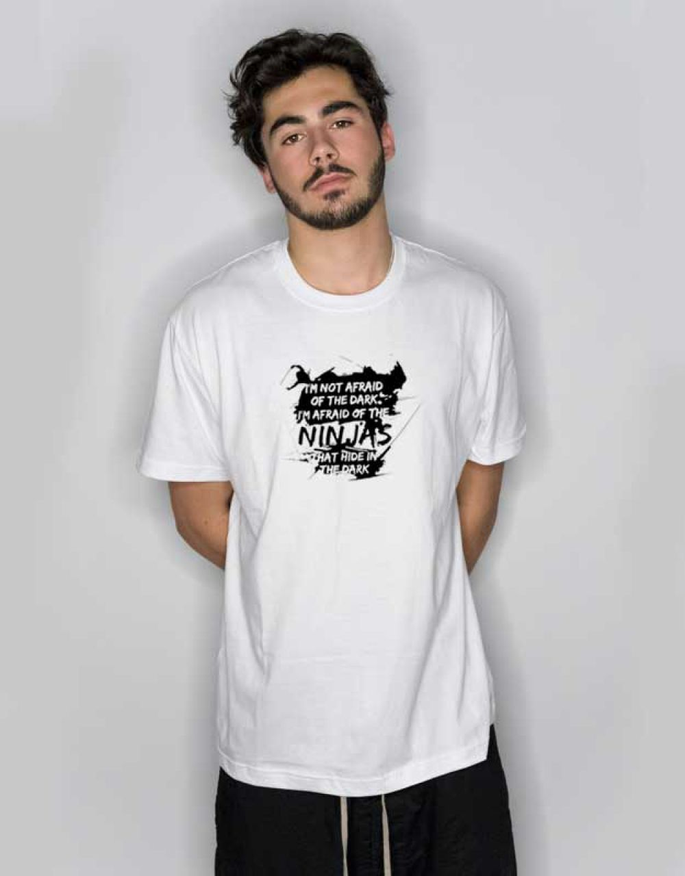 I M Not Afraid Of The Dark But The Ninja T Shirt Outfit Hypebeast Outfithype Streetwear Outfits Urbansteetwea Hogwarts T Shirt Bear T Shirt My T Shirt