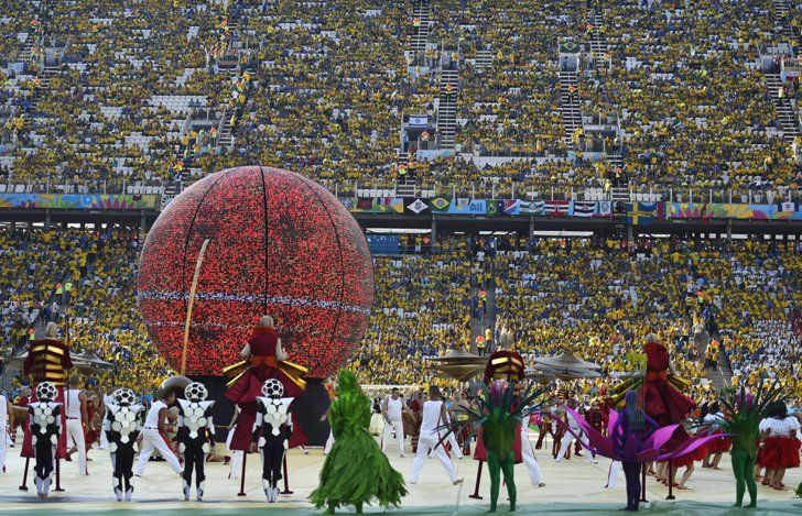 Pin for Later: Fußball-WM: Die besten Fotos von der Eröffnungszeremonie in Brasilien