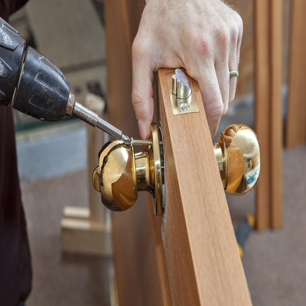 How to fix a loose doorknob or loose door handle