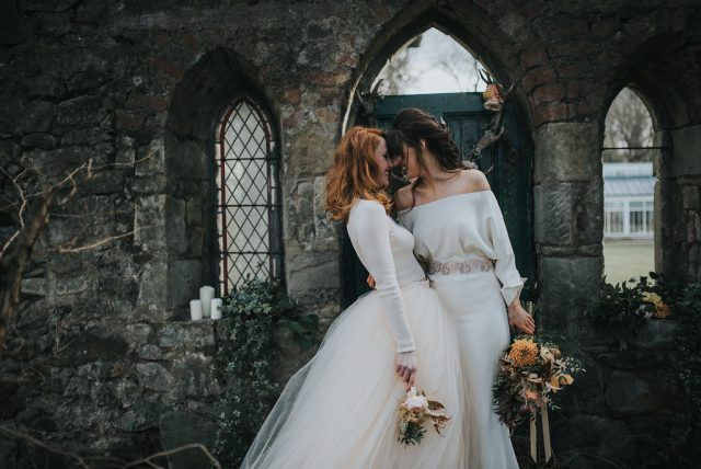 light-vs-dark-a-pre-raphaelite-inspired-same-sex-wedding-shoot-20