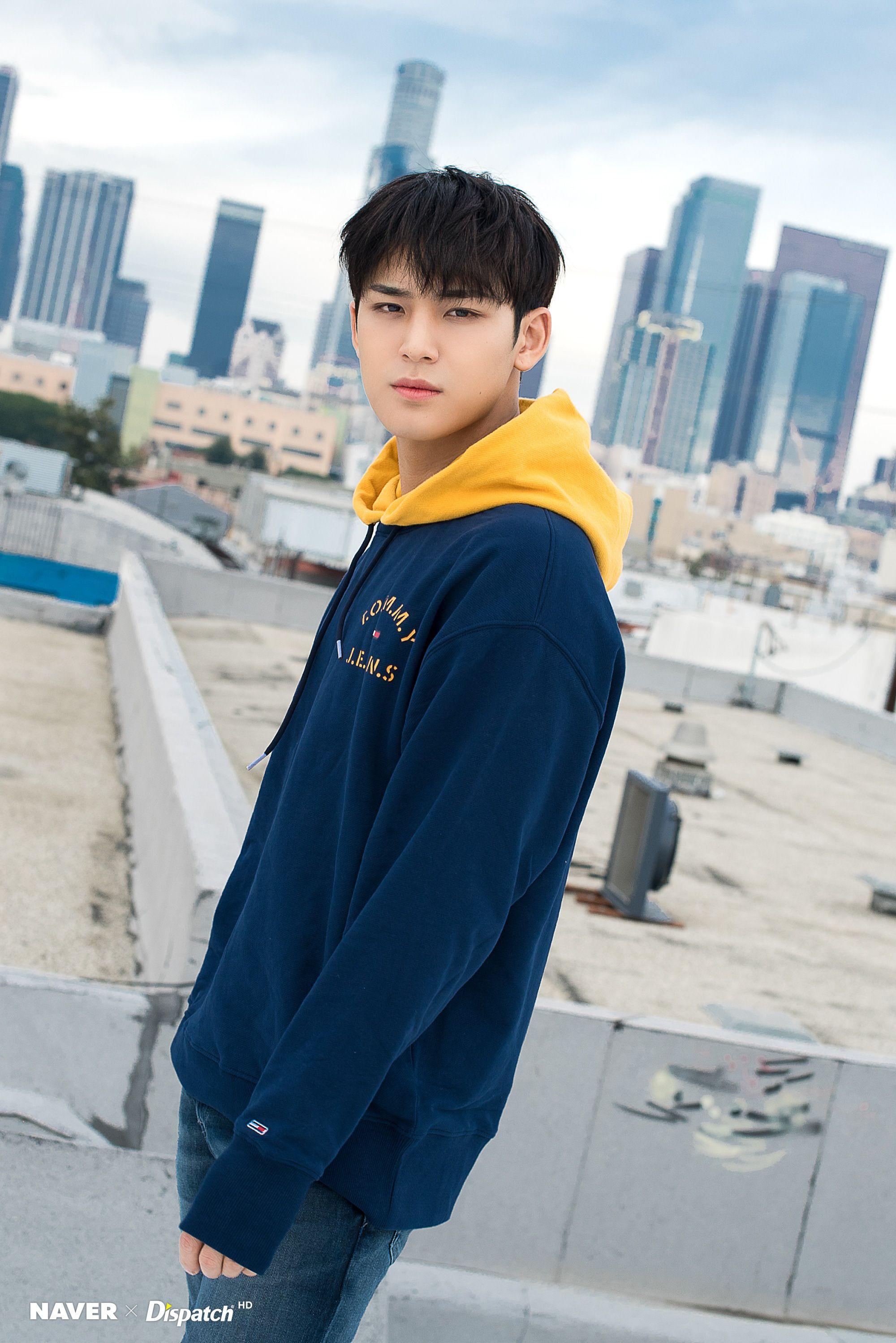 Seventeen Mingyu Ode To You Promotion Photoshoot In Downtown La By Naver X Dispatch Seventeen Selebritas Fotografi Remaja