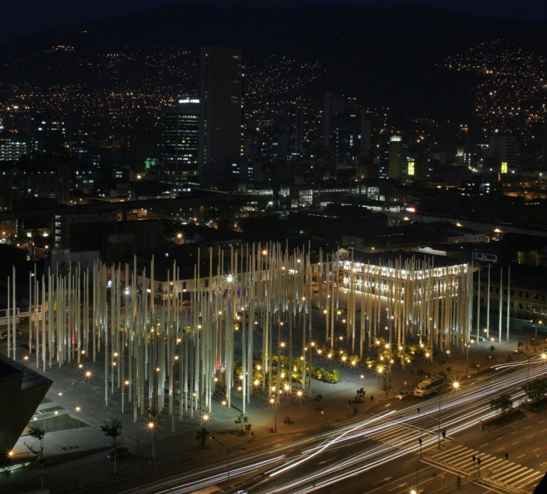 Galería de 10 parques y plazas que enmarcan el paisaje urbano y la naturaleza en Colombia - 10