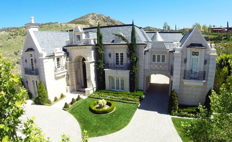 glorious estates in calabasas california home interior decor pinterest maison et. Black Bedroom Furniture Sets. Home Design Ideas
