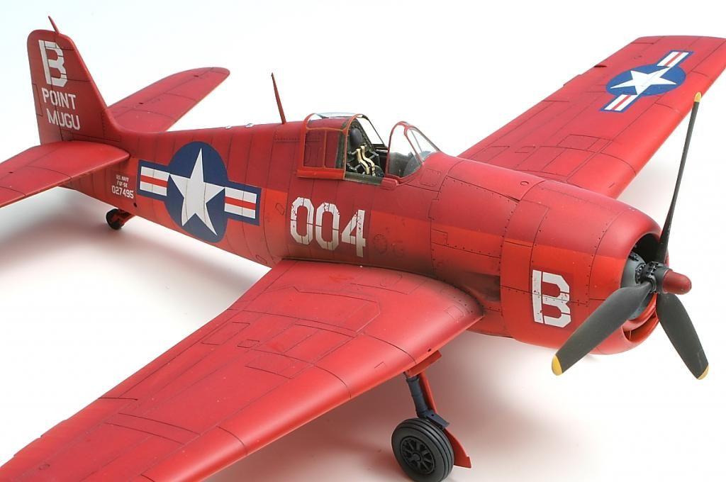 Hasegawa Hellcat 5 - Those reds are beautiful.
