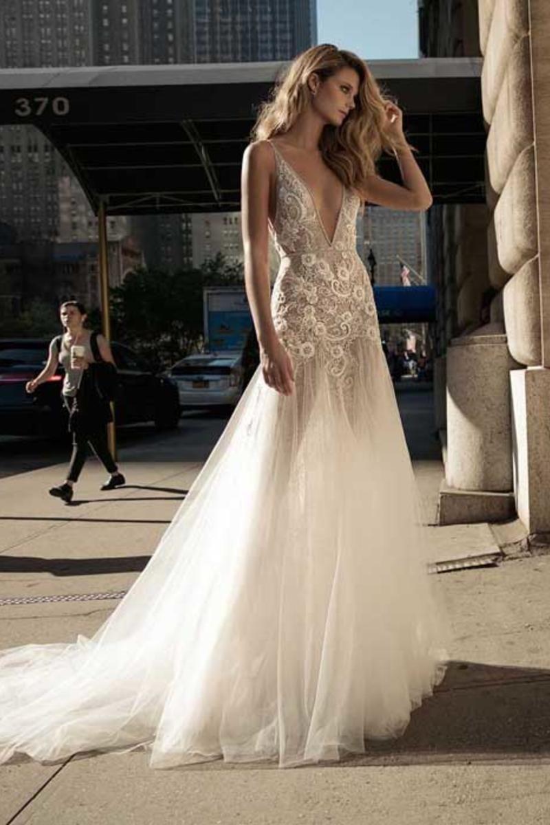 Berta 17-136 wedding gown dress vancouver canada galia lahav ...