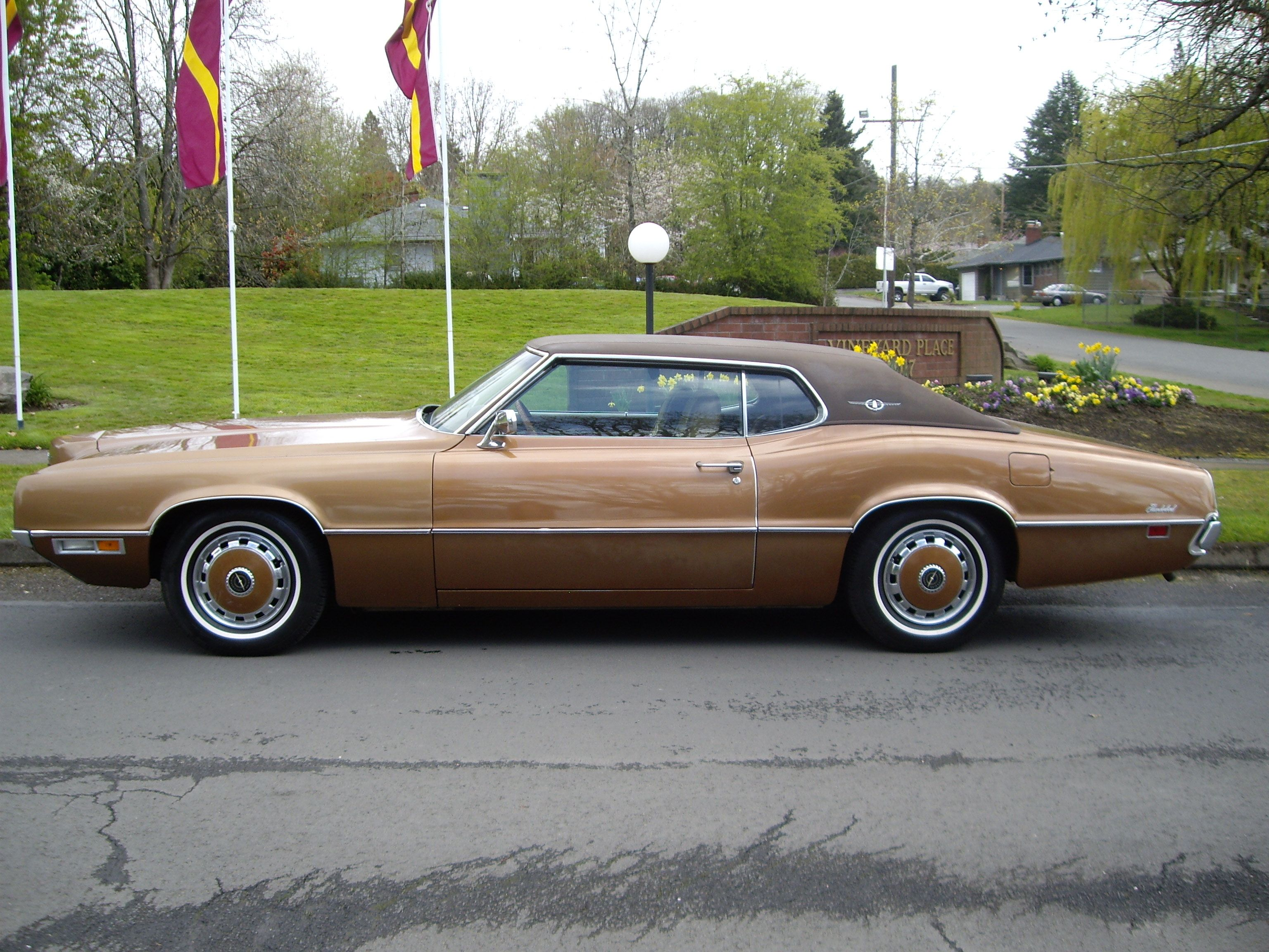 1970 ford thunderbird luxury cars of my generation pinterest ford thunderbird ford and cars. Black Bedroom Furniture Sets. Home Design Ideas