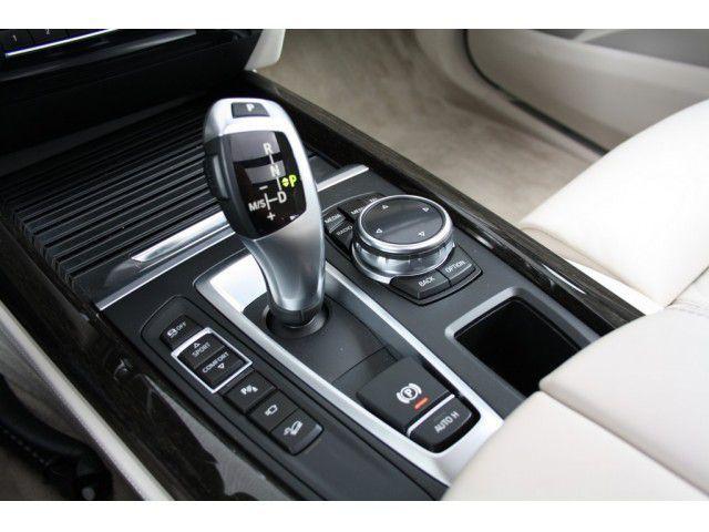 Bmw X5 Xdrive30d High Executive Bmw X5 Bmw Gear Stick