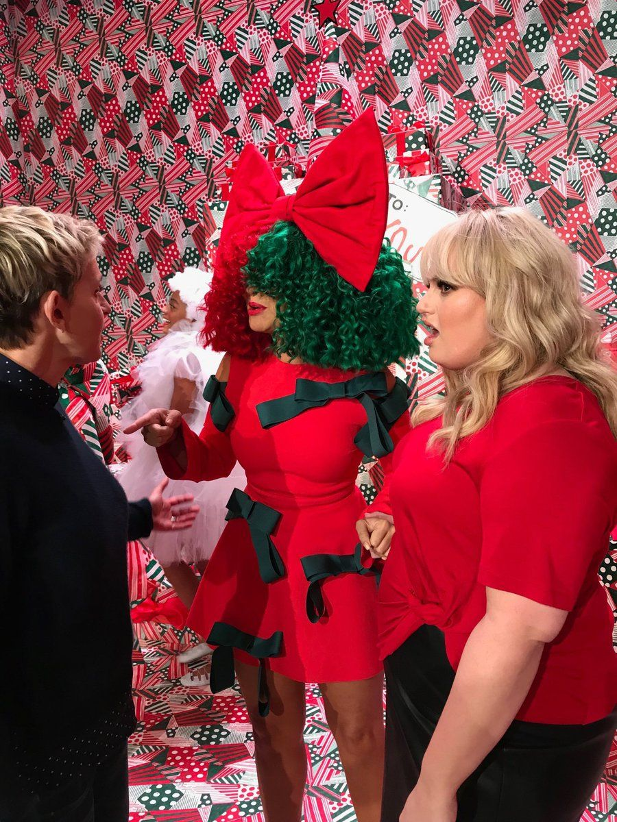 Sia Christmas.Babygirl Is Beautiful My Sia The Ellen Show Sia Kate