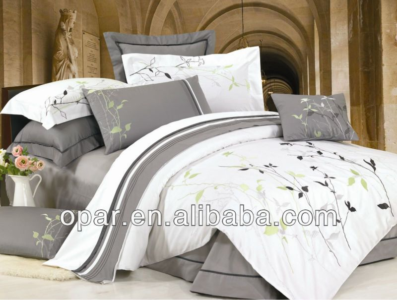 mod le de luxe arabe literie de broderie ensemble housse. Black Bedroom Furniture Sets. Home Design Ideas