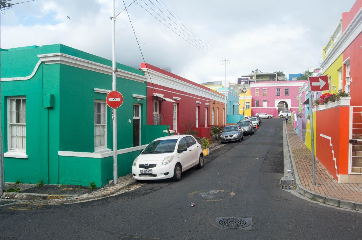colourful-houses-chiappini-street-bo-kaap-cape-town-south-africa