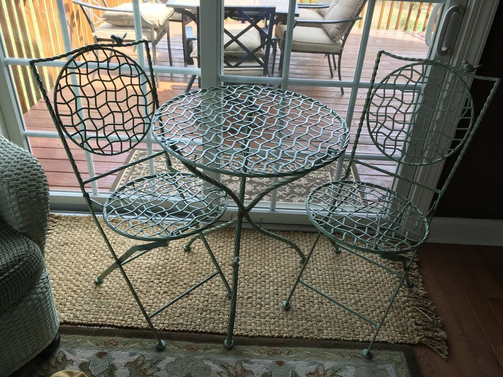 Birds on a Garden Green  Wire Metal Outdoor  Patio Table w 2 chairs New!! #Unbranded