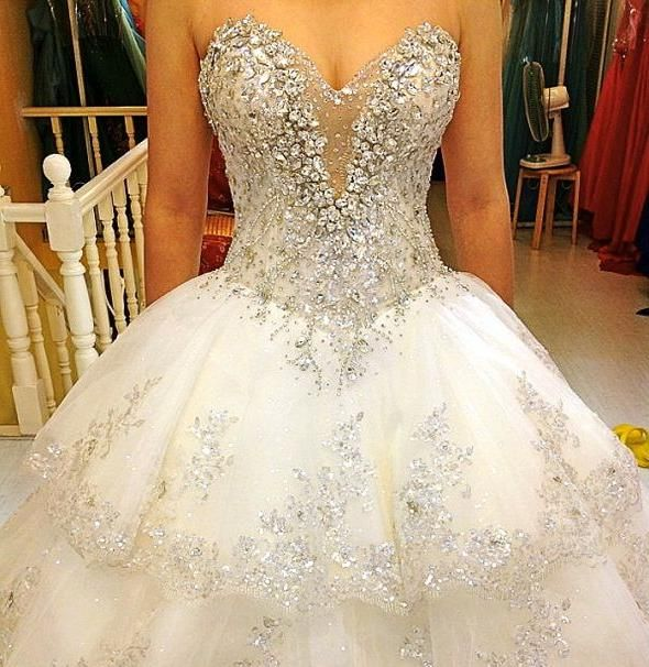 Gorgeous wedding dresses with a lot of bling projecten for Strapless wedding dresses with bling