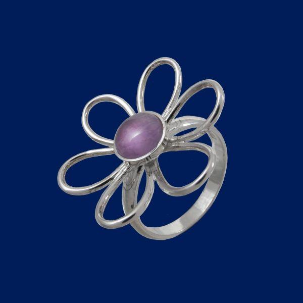 TaigaFlower, ring. Design Seppo Penttinen / www.taigakoru.fi