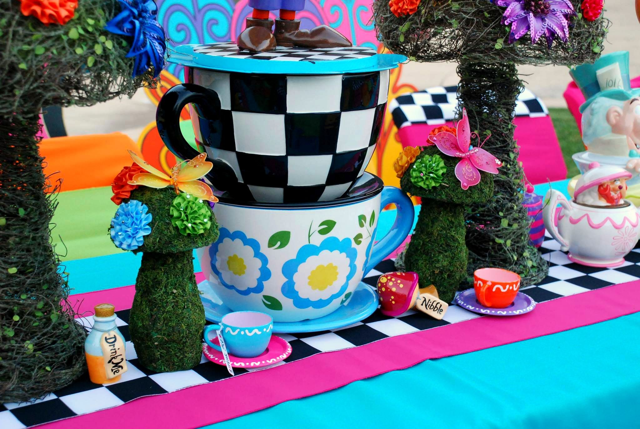 Alice in Wonderland / Mad Hatter party by: WONDERLAND PARTY PROPS Southern California's premier wonderland theme PROP rental and event decorating service.   Call for reservation : ( 661 ) 250-8164 See us on Facebook