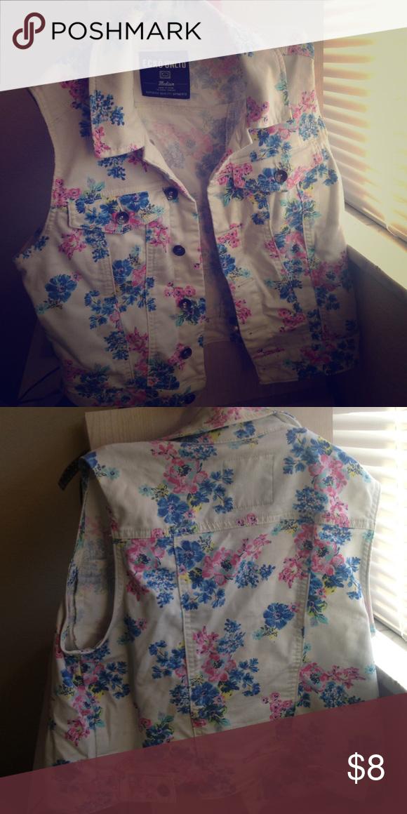 Flower vest from ecko Adorable pink blue and green flower vest Jackets & Coats Vests