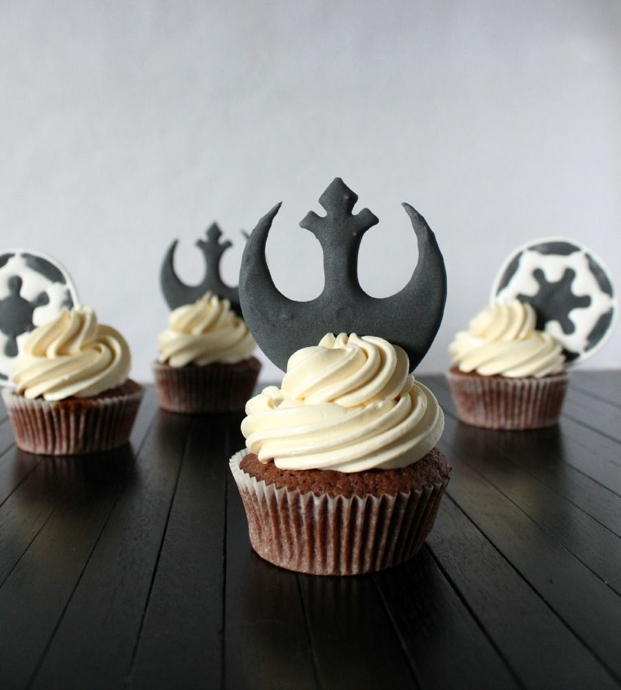 May The Fourth Be With You Recipes: May The 4th Be With Your Cupcake Toppers!