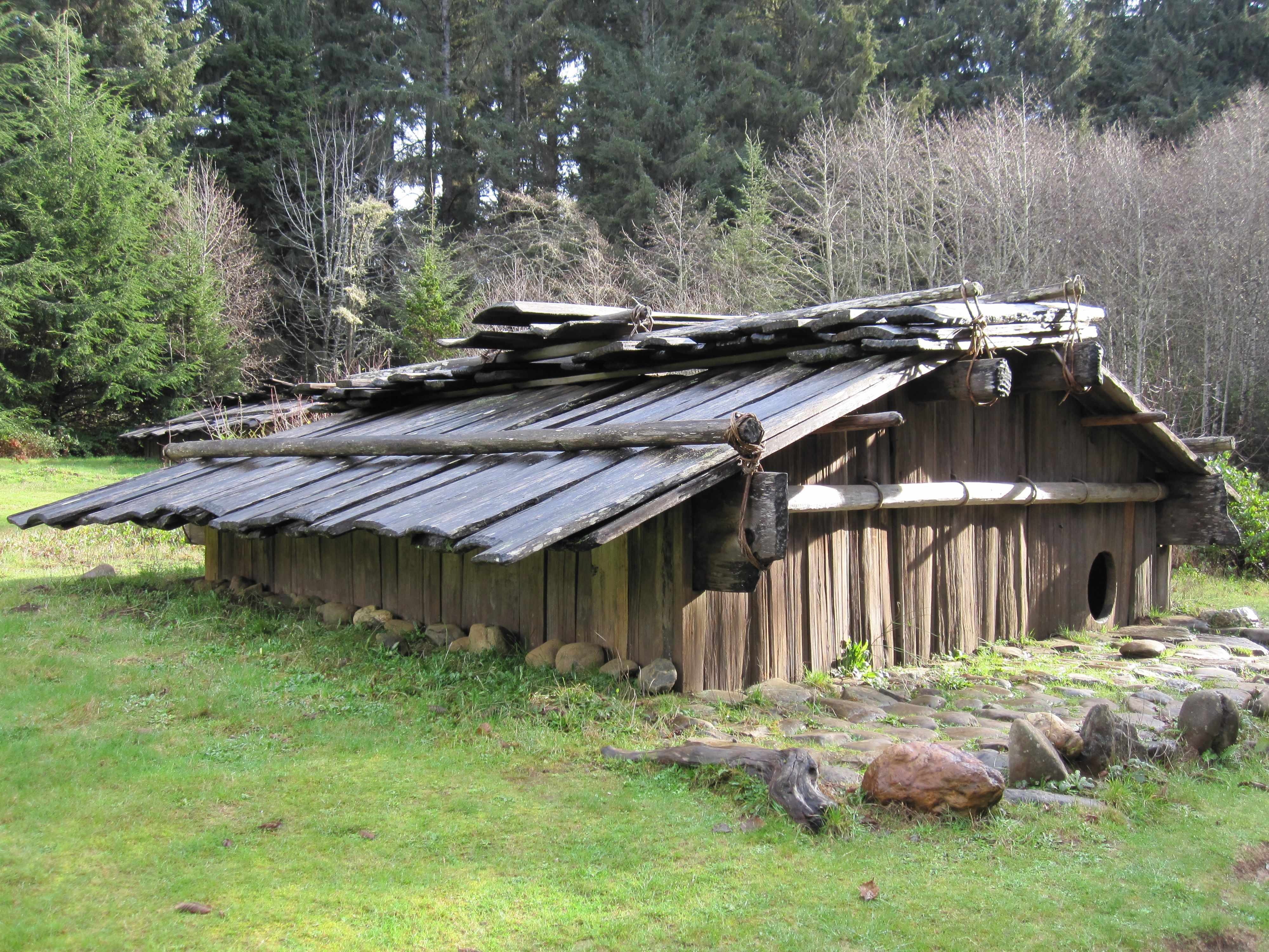 Plank houses varied in design according to tribe, as these four ...