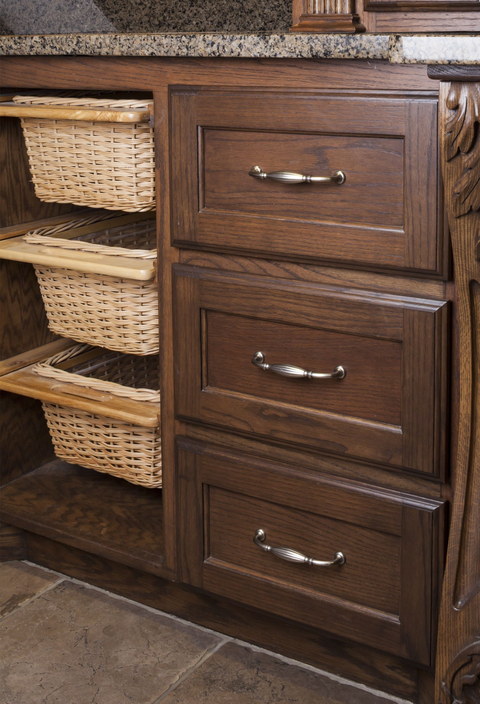 Bella cabinet pull from Jeffrey Alexander by Hardware Resources ...