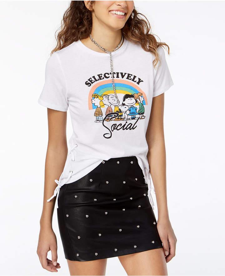 d71106815 Freeze 24-7 Juniors' Peanuts Graphic T-Shirt   Products   T shirt ...
