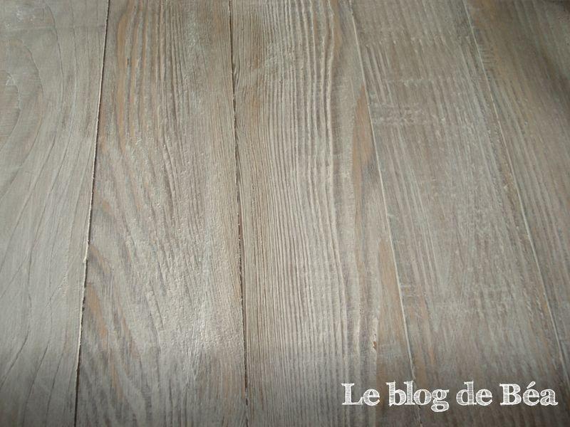 Vieillir le bois diy fabriqu un plateau en bois de for Vieillir un meuble en pin