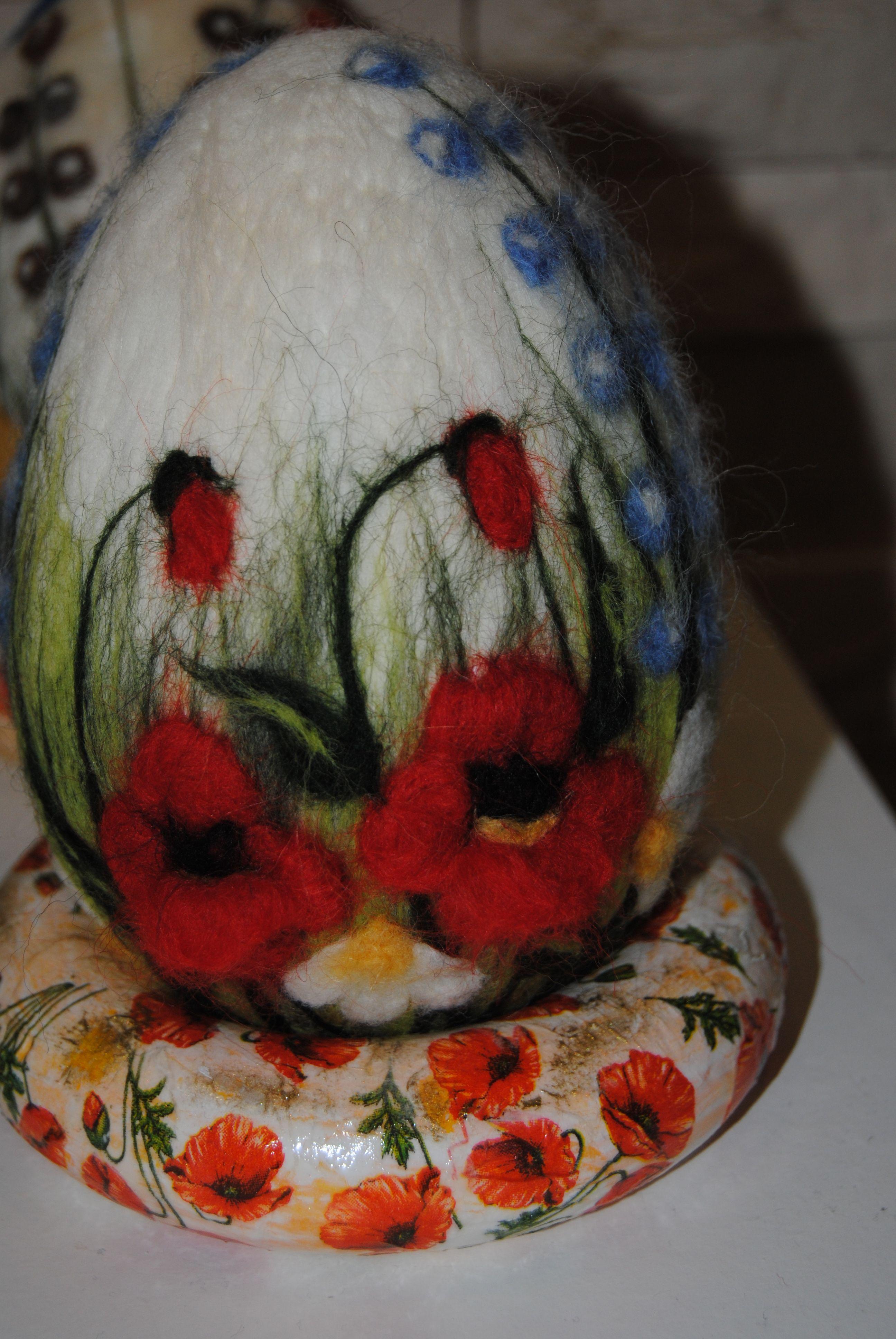 Filcowe Maczki Felt Flowers Diy Felt Ornaments Easter Crafts