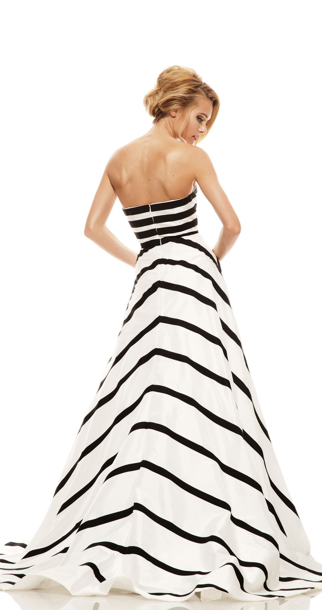 0663f7c0dde Black And White Striped Formal Gown - Data Dynamic AG