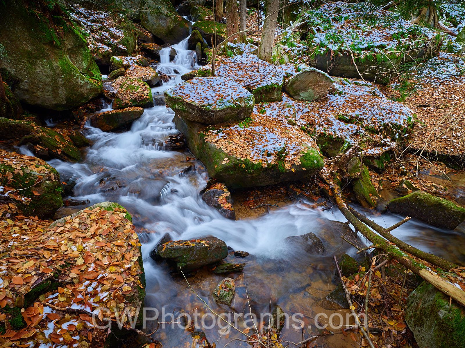 Bent Run Falls flows into the Allegheny River above the