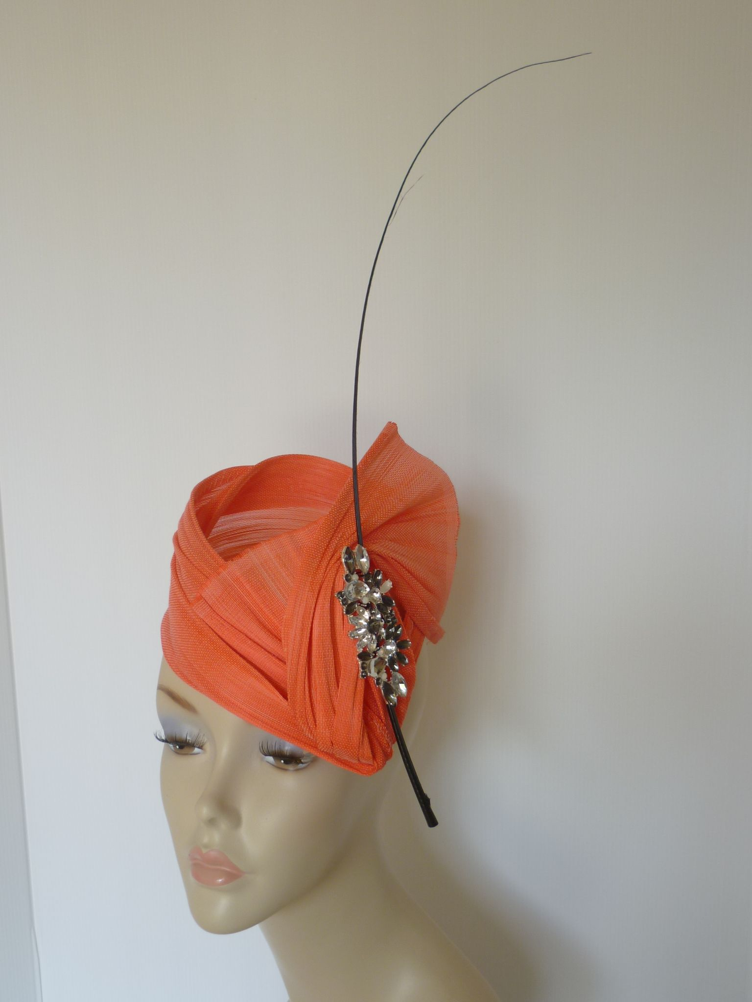 Monika Neuhauser Millinery. To see the source оf this item click on the picture. Please also visit my Etsy shop LarisaBоutique: https://www.etsy.com/shop/LarisaBoutique Thanks!