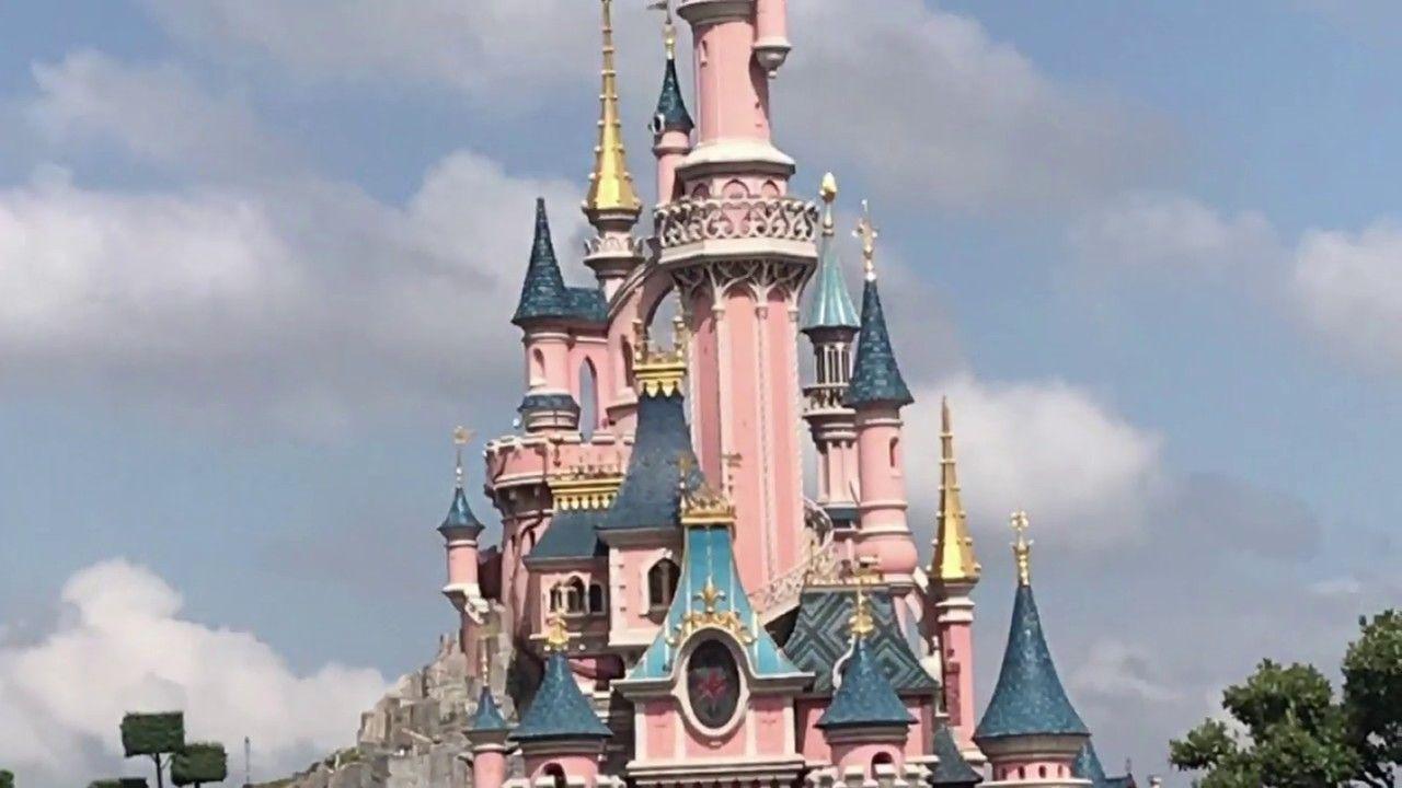 Disneyland Paris 2018 Ii دزني لاند باريس ٢٠١٨ Disneyland Paris Beautiful Lakes Most Beautiful Cities