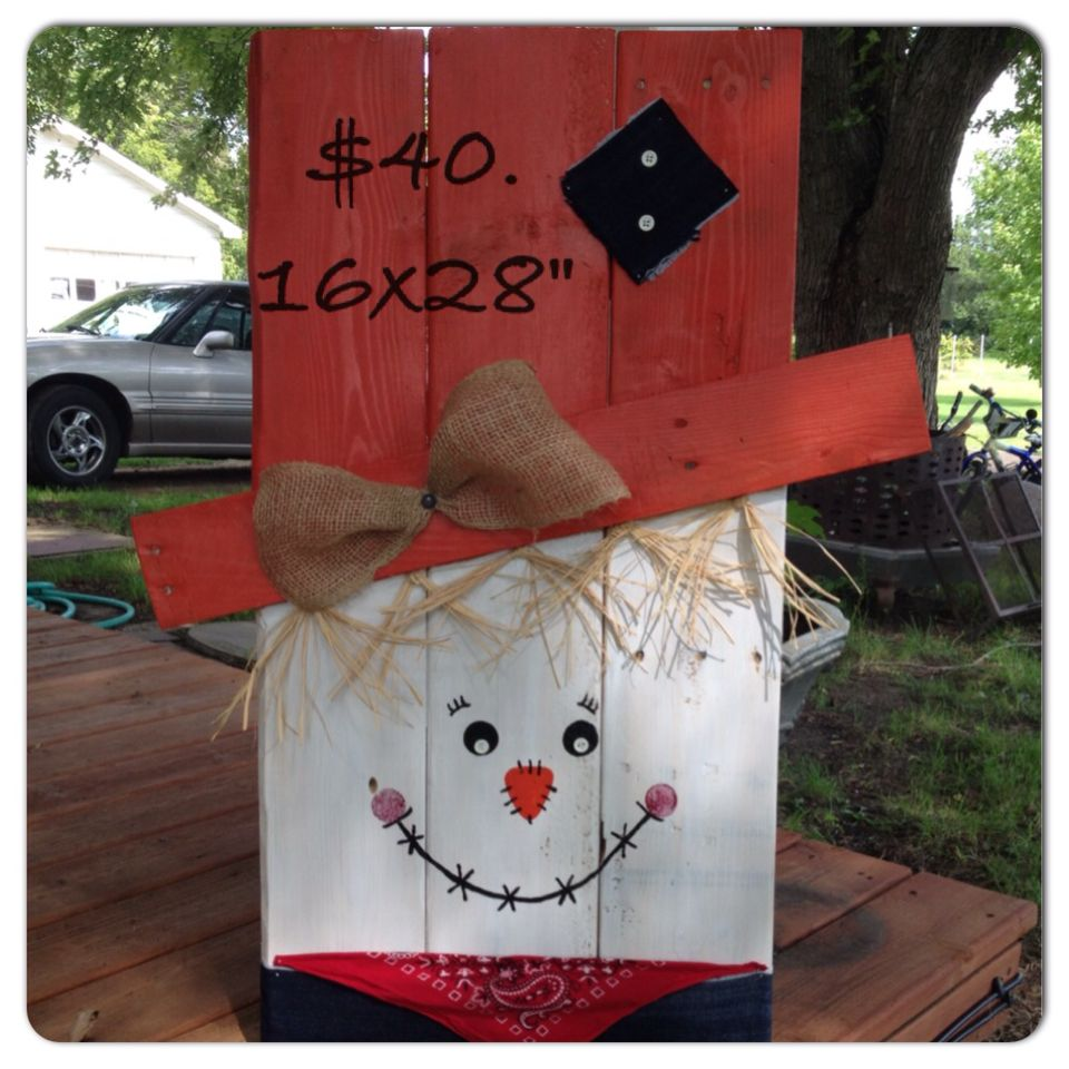 Scarecrow made from pallet   B&F Drugstore   Pinterest ...