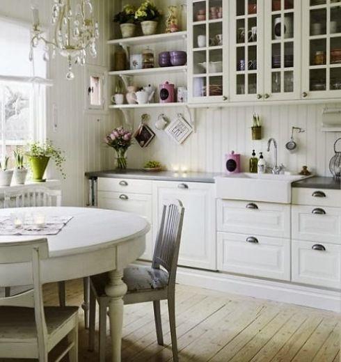 Zdjecie Wiejska Kuchnia W Skandynawskim Stylu Romantic Kitchen Country Kitchen Country Kitchen Cabinets