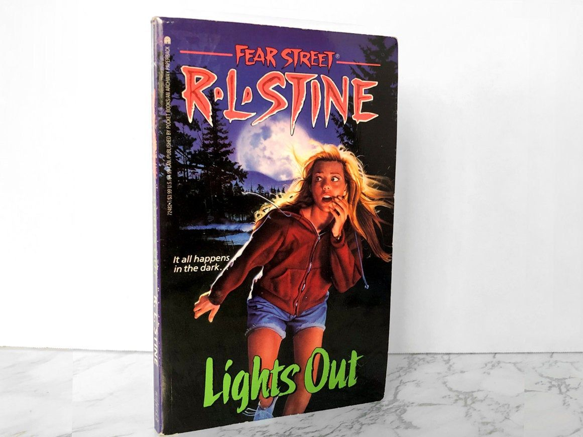 Fear street 12 lights out by rl stine 1991 paperback