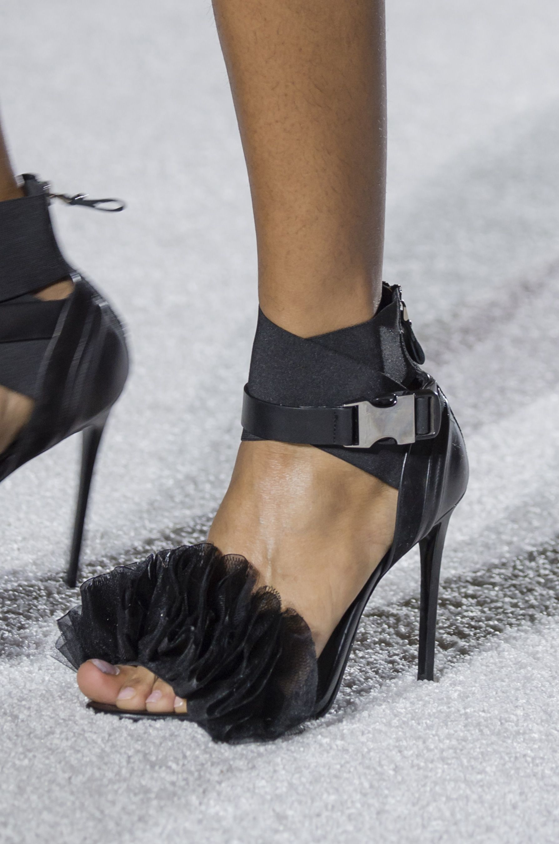 Patent Leather SHOW Mules Spring/summerGivenchy