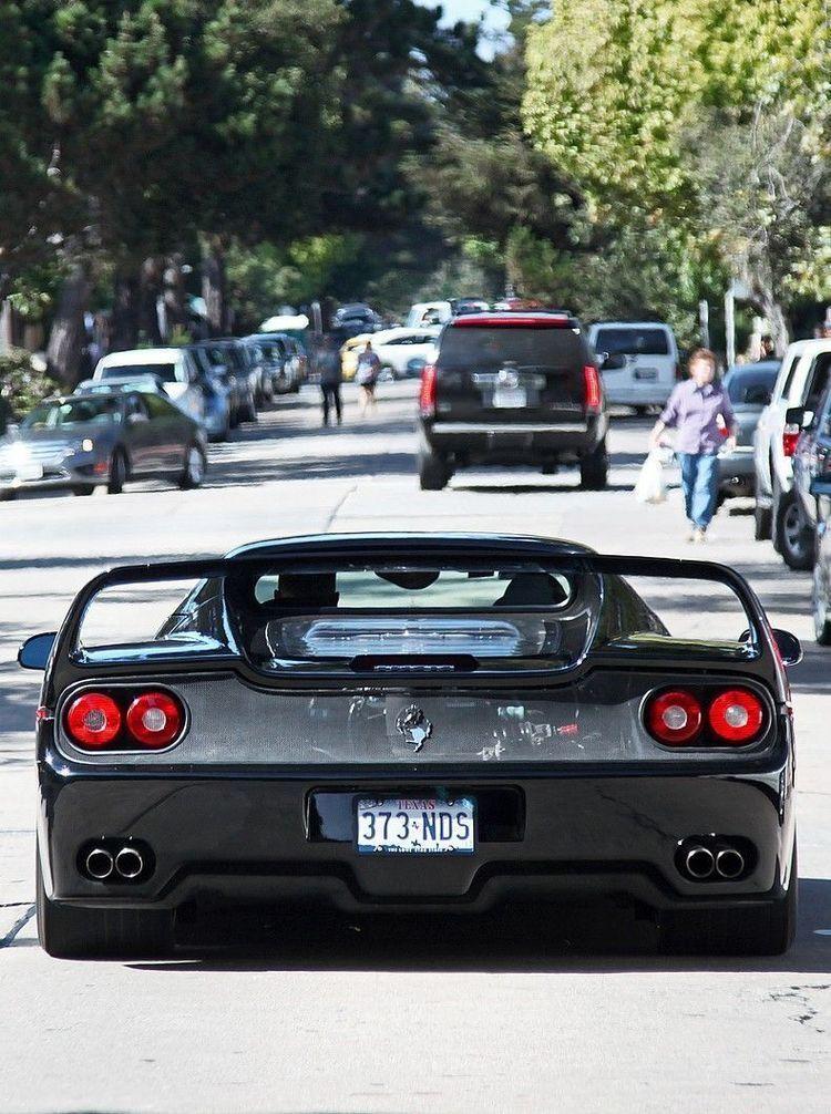 Pin de RZ_Vision em Ferrari em 2020 Carros de luxo