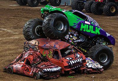 The Hulk Monster Truck Thebigbanglife Com Pinterest Monster