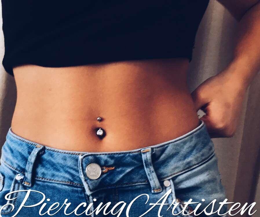 piercing i naveln