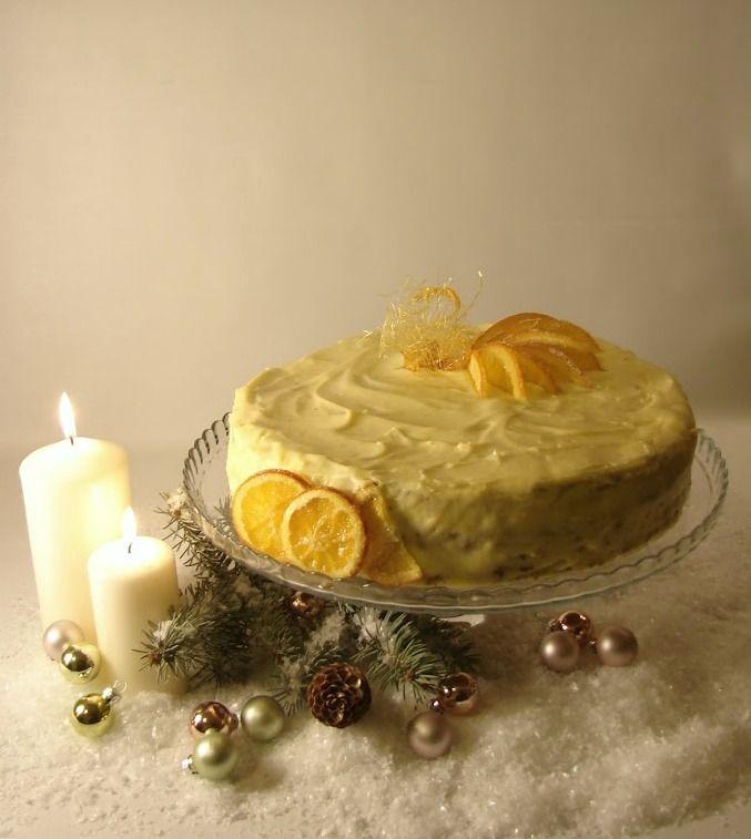 Comori Delicioase: Tort cu crema de portocale si nuci caramelizate