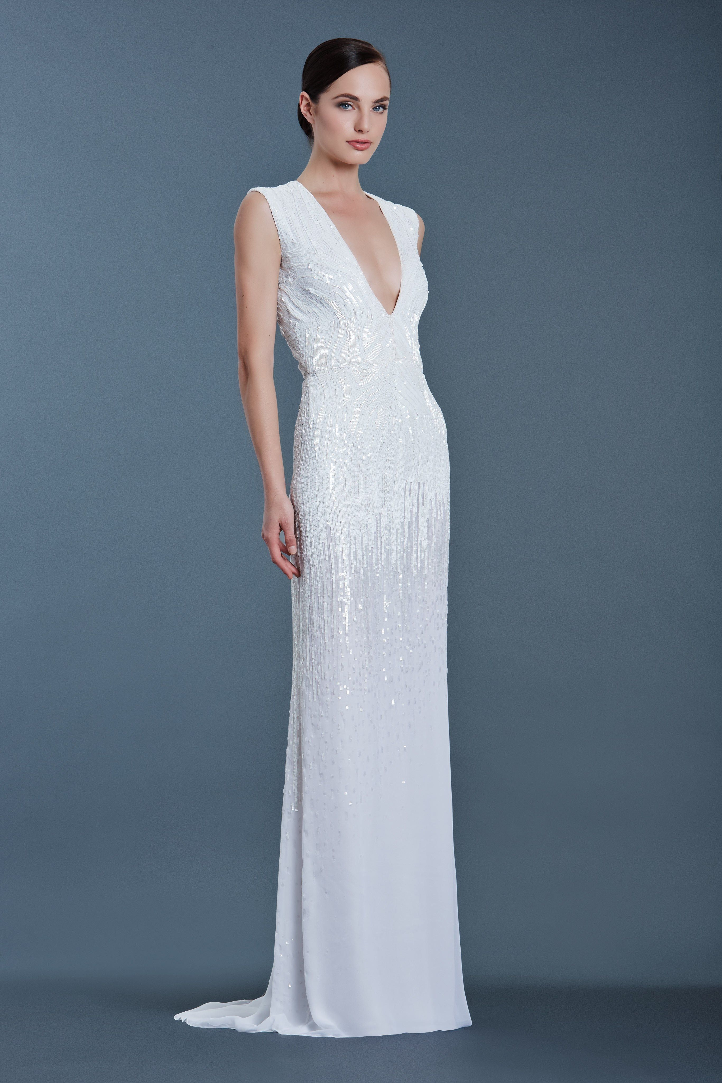 J Mendel Bridal Fall 2016 Fashion Show In 2020 Bridal Gown Trends J Mendel Bridal Beautiful Dresses
