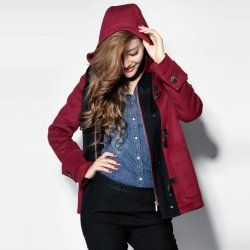 The red hooded horn buckle Ms. jacket