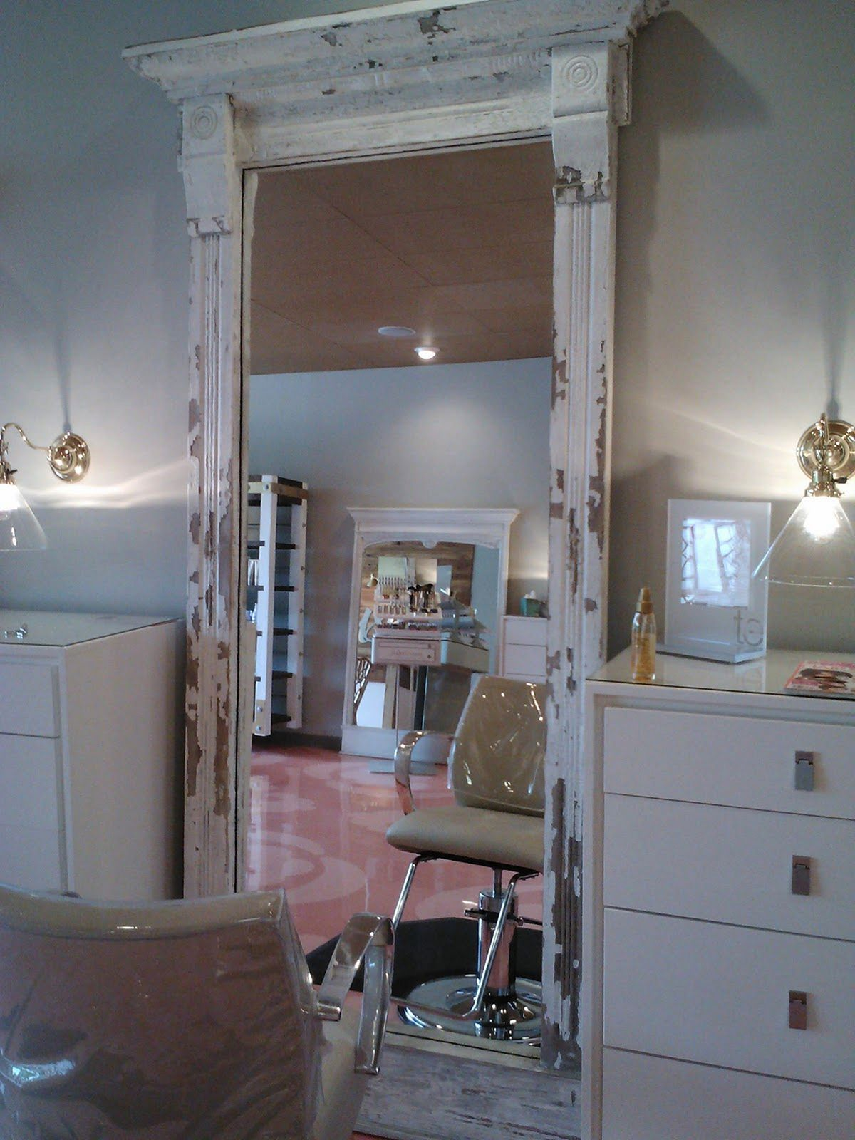 Amazing Shabby Chic Salon Home Interior And Landscaping Transignezvosmurscom